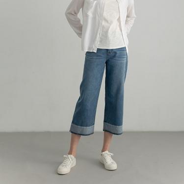 女裝四季百搭直筒牛仔褲