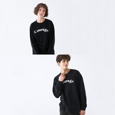 中性款簡約文字大學T恤