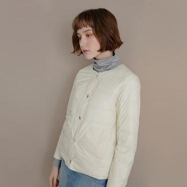 女裝圓領鈕扣款輕薄羽絨外套
